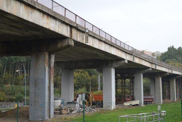 Starý most na Horelici nahradí nový.