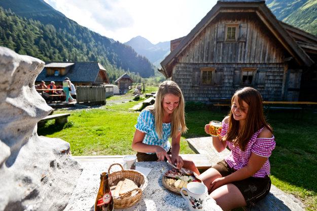 Aj v údolí rieky Muhr nájdete množstvo miest na vidiecky spôsob pikniku.