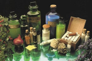 Prvé zmienky o homeopatii sa objavili už v antike, jadro tohto postupu však až v 19. storočí. A základné myšlienky sa dodnes príliš nezmenili.