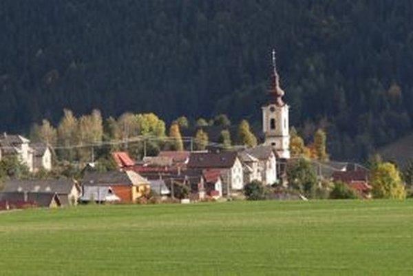 Heľpa. Hoci ju dnes považujeme za jednu z typických obcí Horehronia, v minulosti s ďalšími siedmimi obcami patrila ku Gemerskej stolici.