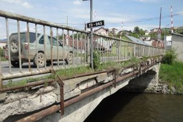Most je v havarijnom stave.