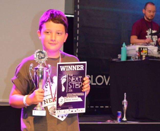 Adrian Konkoľ získal v sólovom hip-hope druhé miesto.