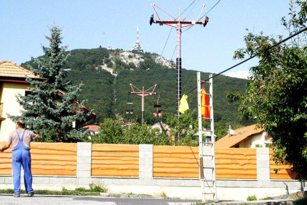 Demontáž lanovky v roku 2009.