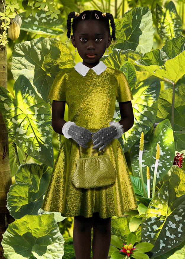 Súčasný holandský umelecký fotograf Ruud Van Empel púta pozornosť fotografickými obrazmi uhrančivo sýtych farieb. V sérii World plnom vizuálne magického realizmu z roku 2006 vytvoril aj takéto portréty s témou nevinnosti.