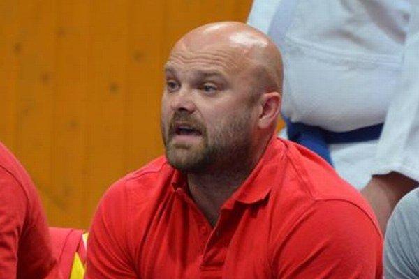 Michal Bokor, tréner Junioru a kouč extraligového tímu tohto klubu.
