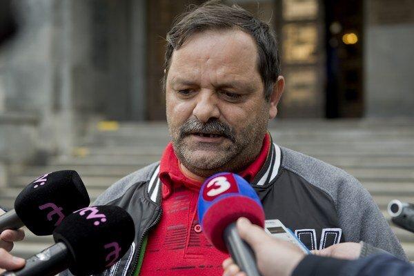 Líder Strany rómskej únie na Slovensku František Tanko.