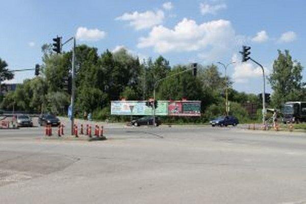 Obyvatelia Radole už netrpezlivo čakajú na výstavbu diaľnice D3, ktorá by  ich obec odbremenila od problémov  s tranzitnou medzinárodnou dopravou.