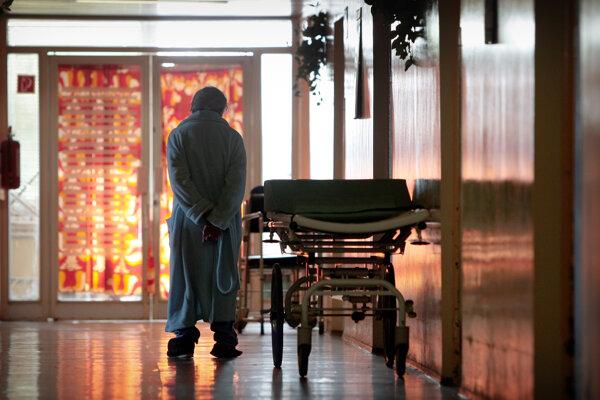 Kysučana hospitalizovali v rakúskej nemocnici zhruba pred tromi rokmi.
