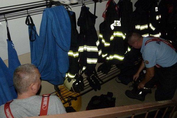 Už pol roka sú hasiči kvôli rekonštrukcii stanice presťahovaní.