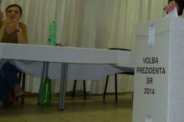 V Levickom okrese je otvorených 160 volebných miestností.