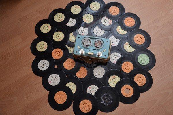 Vo svojej zbierke má Alfonz Hruška okolo 1200 gramofónových platní.