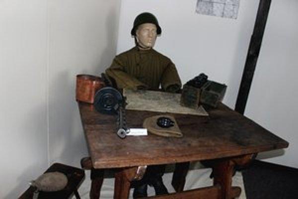 Výstava je zostavená z exponátov zo súkromnej zbierky.