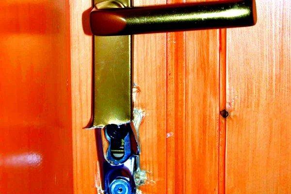 Krádeže do bytov v pohraničnom meste pribúdajú.