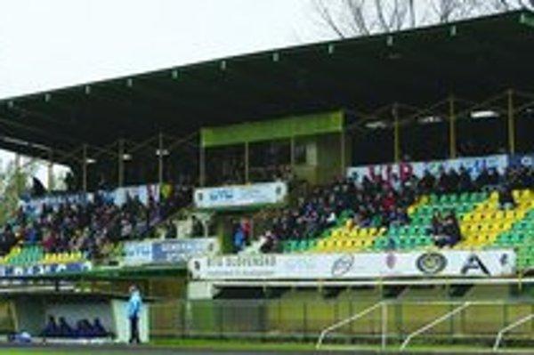 Levický futbalový štadión.