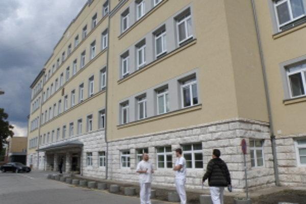 Hlavná budova FNsP v Skalici.
