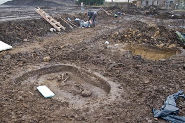 Archeologický výskum v Čiernych Kľačanoch odhalil zaujímavé zistenia.