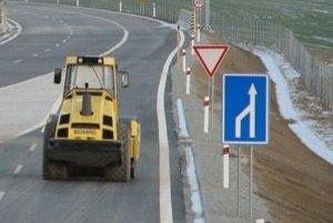 Výstavba križovatky Stupava - juh na diaľnici D2 trvá od jari 2009.
