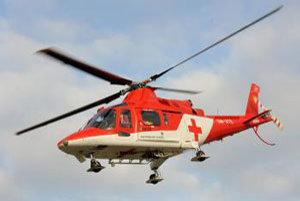 Počas nehody zasahoval aj vrtuľník záchrannej služby.