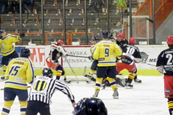 Zo zápasu Senica - Trnava.