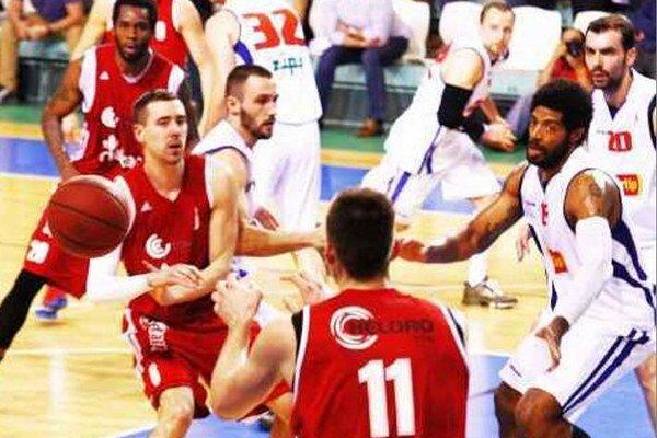 Spolupráca Bjelicu (6) s Biličom (11), ale i ostatných hráčov MBK fungovala počas celého zápasu dobre.