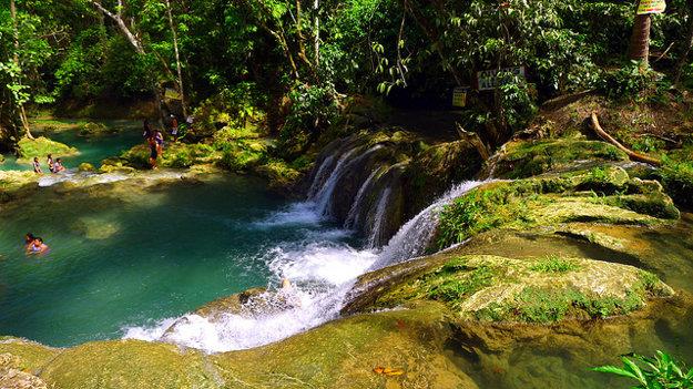Vodopády Hagamit na ostrove Samal sú tiež obľúbeným miestom na kúpanie.
