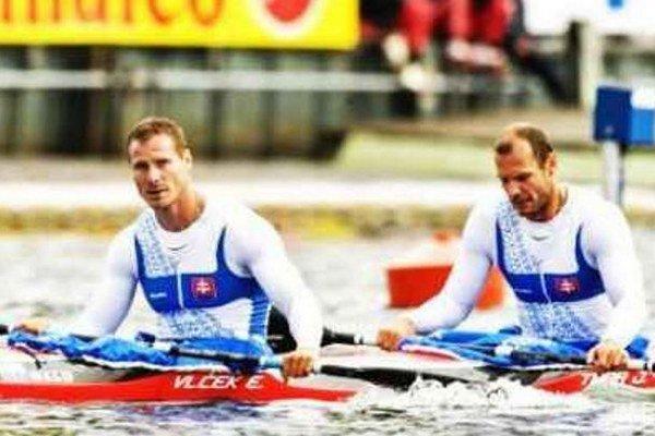Erik Vlček (vpredu) a Juraj Tarr sa z Duisburgu vrátili bez cenného kovu.