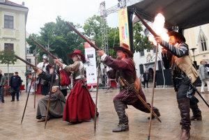 Festival Kultúrne leto a Bratislavské hradné slávnosti 2016 prinesú až 350 podujatí.