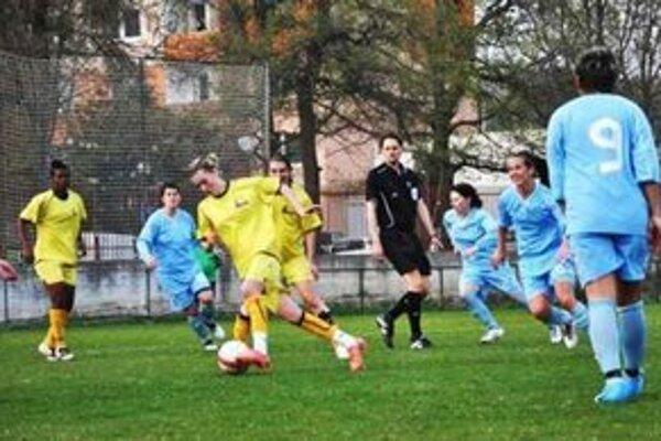 FC Union (v žltom) vydrel víťazstvo.