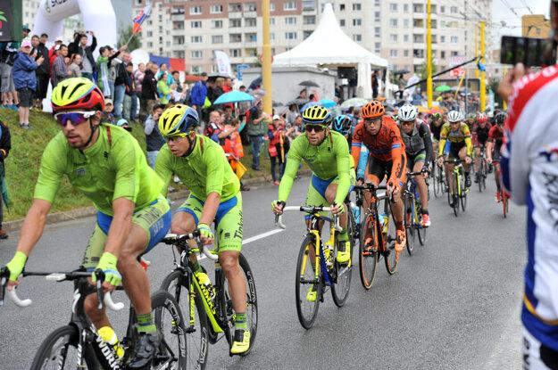 Vlani sa spoločný šampionát uskutočnil v Žiline. Divákom sa predstavila aj trojica z tímu Tinkoff Peter Sagan, jeho brat Juraj a Michael Kolář.
