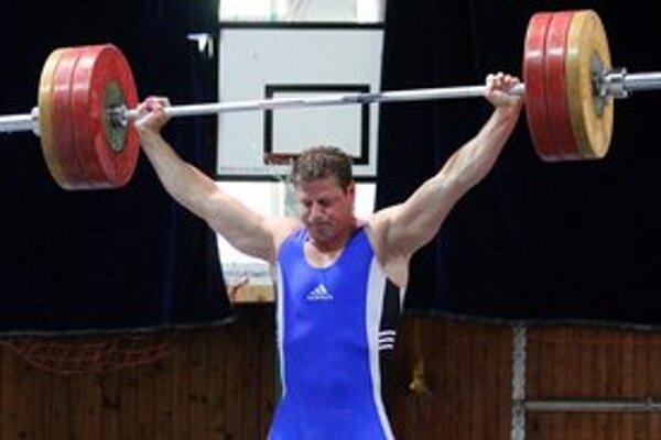 Ján Štefánik bude rozhodovať na olympijských hrách.