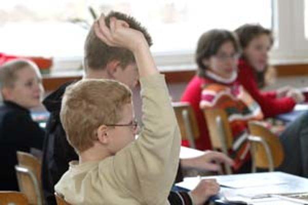 V Bratislave sú osemročné gymnáziá preplnené.
