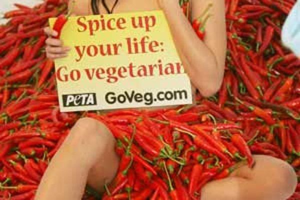 """""""Okoreňte si život, dajte sa na vegetariánstvo."""" Takéto propagačné akcie sú pôvabné, ale veľa odborníkov odporúča semivegetariánstvo, ktoré pripúšťa hydinu a ryby."""