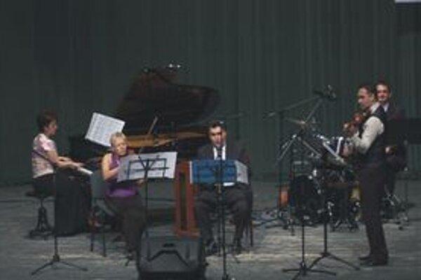 Z koncertu pedagógov základnej umeleckej školy.