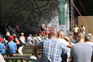 Hornonitrianske folklórne slávnosti v prievidzskom lesoparku.
