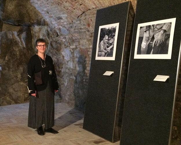 Lida Suchy na výstave Portrét dediny v rámci Mesiaca fotografie.