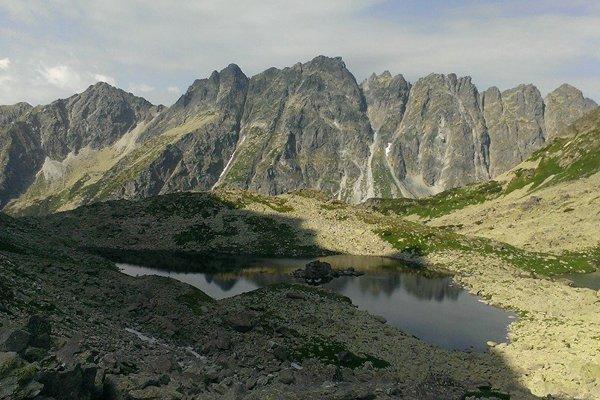 Vysoké Tatry ponúkajú nielen vysokohorskú turistiku.