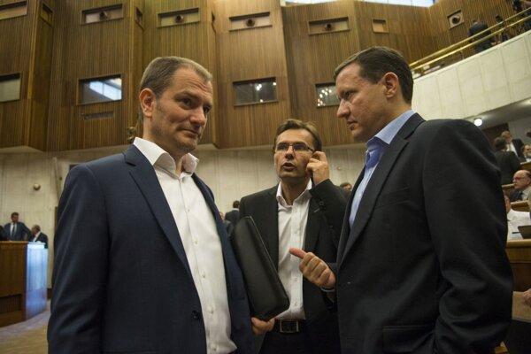 Igor Matovič, Ľubomír Galko a Daniel Lipšic počas 8. schôdze Národnej rady.