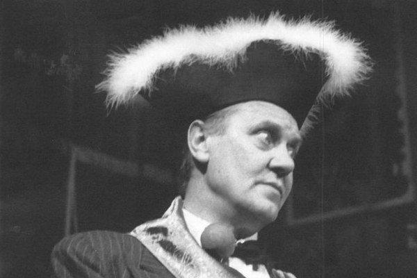 Momentka z opery Norberta Bodnára - Netreba toľko slov.