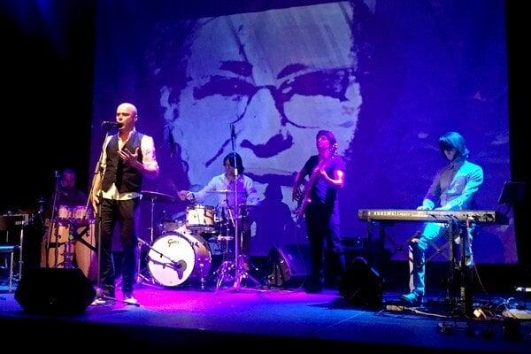 Pocta Warholovcom. Koncert inšpirovaný rusínskymi piesňami mal emotívny náboj.