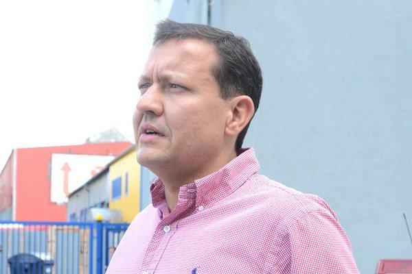Daniel Lipšic zastupuje štvoricu poškodených.