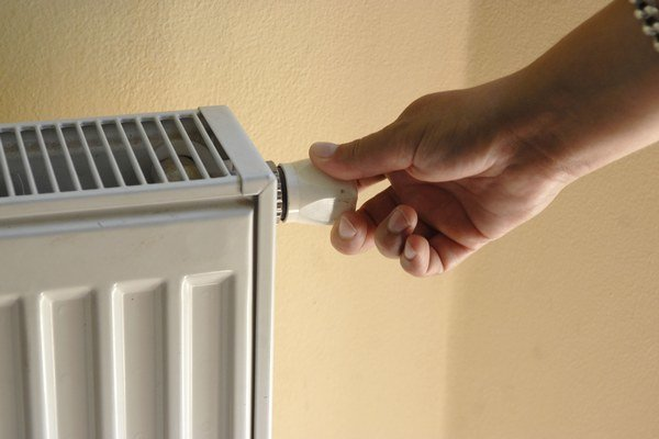 Do konca roka by mali byť vo všetkých bytoch merače tepla, malé bytovky majú výnimku