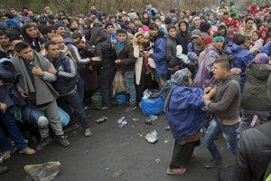 Utečenci. Slováci ich vnímajú ako hrozbu.