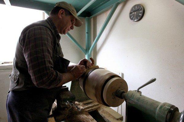 Výroba drevených sudov v Banskej Štiavnici.