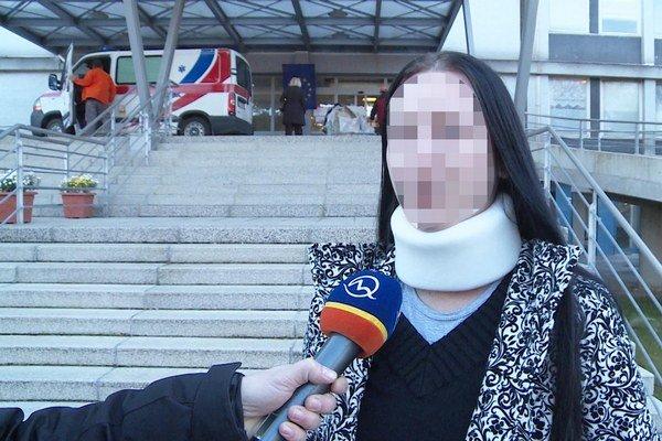 So zraneniami. Zuzana skončila v nemocnici. Bitka sa rozpútala kvôli nej.