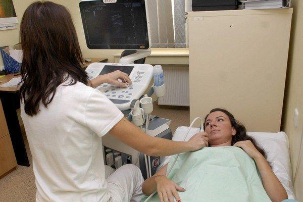 Preventívne vyšetrenie. Nový sonograf zabezpečí ženám viac istoty.