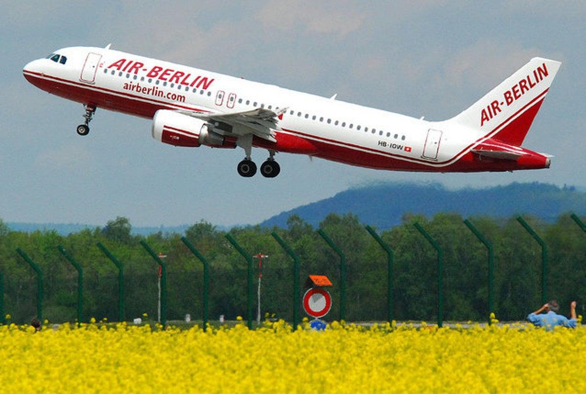 b3e83b055a5df Voda do lietadla je ako na prídel - Cestovanie SME