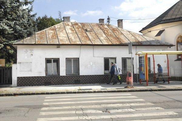 Dom na Abovskej. Firma tvrdí, že z neho bude zdravotné stredisko.