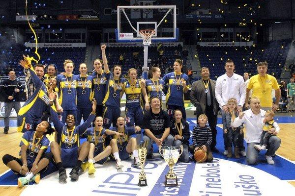 Košičanky s trofejou. Stredoeurópska liga vyvrcholila v Steel Aréne, Good Angels vo Final Four uspeli.