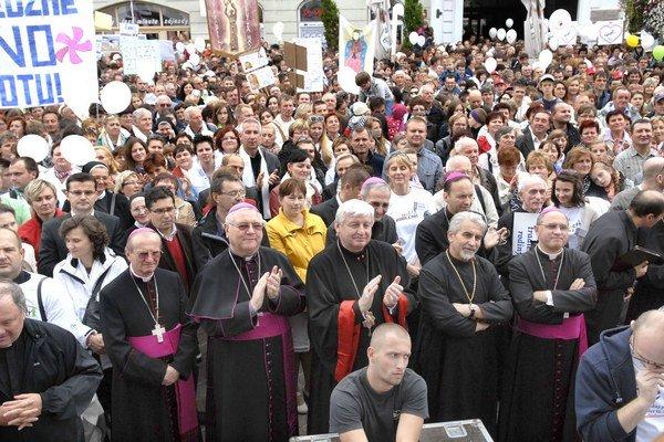 Biskupi v Košiciach. Zatiaľ najviac – šestnásť – sa ich stretlo v meste počas nedávneho Národného pochodu za život.