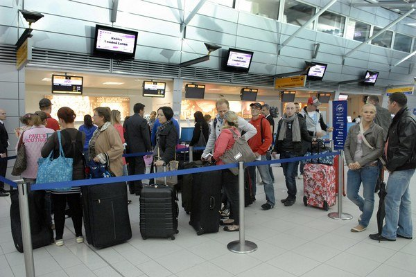 Hlavné mesto neláka? Ešte aj do ďalekého Londýna sa bude lietať častejšie ako do Bratislavy